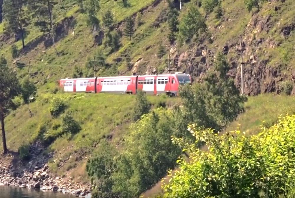 На 40% увеличилось количество туристов, перевезенных по Кругобайкальской железной дороге
